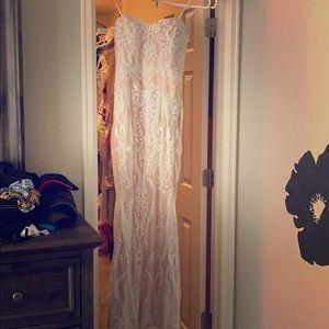 Wedding dress and beautiful belt